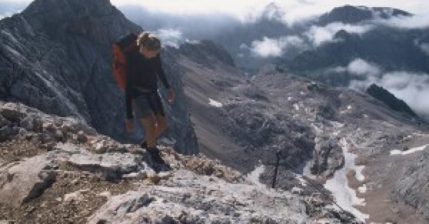 Trekking-Photo-www.slovenia.info_-300x200.jpg