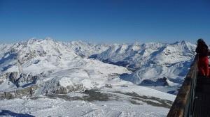 Il comprensorio sciistico Espace Killy si estende dal Glacier du Pissaillas, nella stazione di Val-d'Isère alla stazione di Tignes (Photo courtesy of commons.wikimedia.org)
