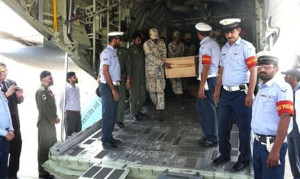 I corpi delle vittime riportati a Islamabad (photo courtesy thenews.com.pk)