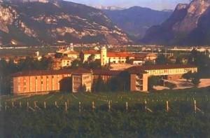 La struttura della Fondazione Edmund Mach presso San Michele all'Adige (Photo courtesy of commons.wikimedia.org)