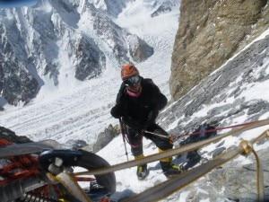 Tomasz Kowalski in una foto al Broad Peak (Photo Bielecki - polskihimalaizmzimowy.pl)