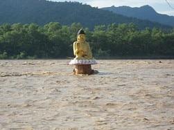 An inducted Lord Buddha's idol in swollen Narayani River, Photo source: facebook.