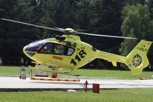 Elicottero del 118 (Photo courtesy of Wikimedia Commons)