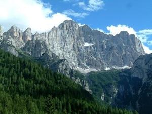 La parete nord-ovest del Monte Civetta (Photo courtesy of Wikimedia Commons)