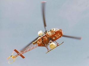 Elicottero dell'Air Zermatt in azione (Photo  M.Huwyler courtesy of Wikimedia Commons)