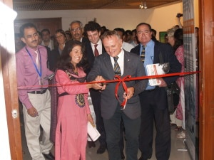 Samina Baig e Agostino Da Polenza-inaugurano la mostra di Filippo De Filippi a Islamabad