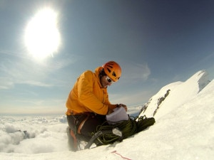 Ueli Steck sul Monte Bianco di Courmayeur (Photo www.uelisteck.ch)