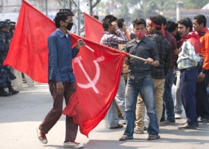 Cadres of UCPN (Maoist) gathered at main roads in Capital Kathmandu on Saturday, September 7, 2013 to enforce general strike called by the party. Photo: Nepal Mountain Focus