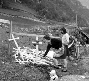 Longarone - i giorni dopo il Disastro del Vajont (Photo coyrtesy of Ansa.it)