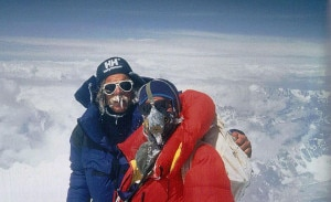 Scott Fisher in cima all'Everest nel 1994 (photo www.mountainmadness.com)