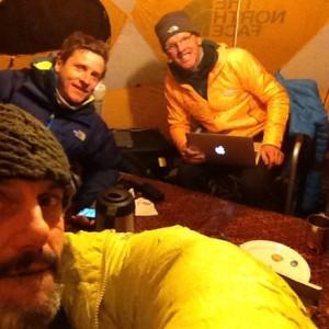 Emilio Previtali, David Goettler e Simone Moro al campo base del versante Rupal