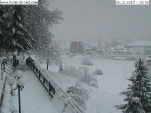 Neve a Sesto Pusteria questa mattina alle 10  (Photo www.hotel-st-velt.com - www.3bmeteo.com)