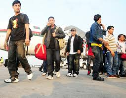 Migrant workers at Tribhuvan International Airport. File picture, NMN.