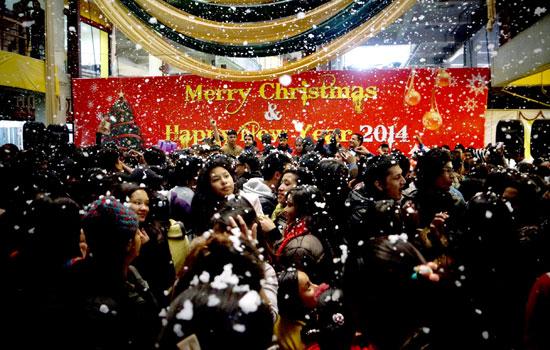 snowfall-dance-dec_25_christmas