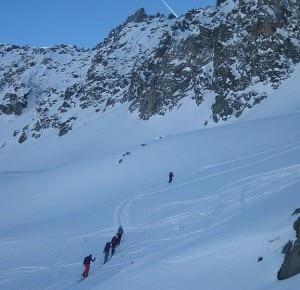 576px-Skitour_at_Badus-300x290.jpg