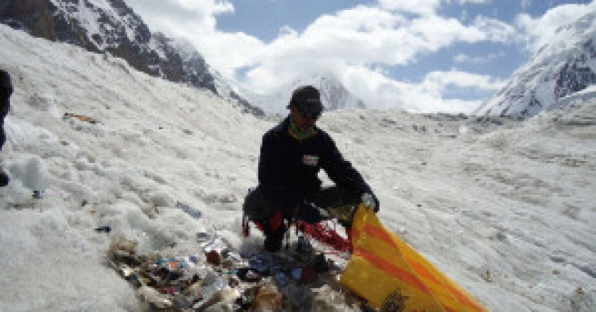 Keep-Karakorum-Clean-pulizia-sul-Baltoro-300x225.jpg
