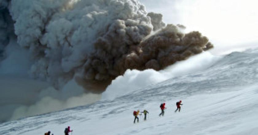L-Etna-in-eruzione-Paola-Dandrea-300x199.jpg
