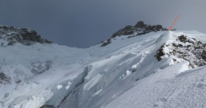 Nanga-parete-Rupal-il-punto-raggiunto-ieri-da-Moro-e-Goettler-Photo-Simone-Moro-300x168.jpg