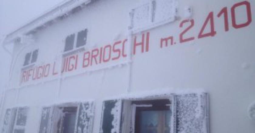 Rifugio-Brioschi-Photo-courtesy-Facebook-300x225.jpg