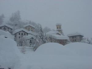 Photo of Nevica, ma dove? In pianura niente. In montagna attesi due metri di fresca, valanghe pericolo 5