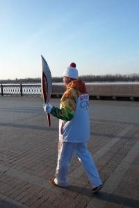 Uno dei tedofori che hanno portato la torcia olimpica attraverso la Russia (Photo Ivan Chernyshev courtesy of Wikimedia Commons)