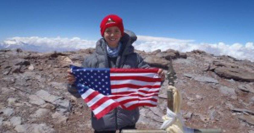 Tyler-Armstrong-in-cima-allAconcagua-Photo-FB-300x225.jpg