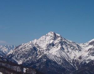 Photo of Valanga in Val di Susa, morto uno sciatore