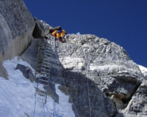 Scalette sui tre Step del versante nord (Photo www.alanarnette.com)