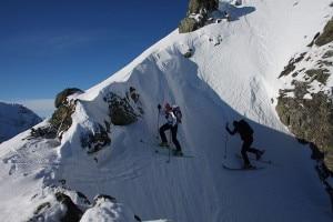 Photo of Sbaglia itinerario e cade per 100 metri, salvo scialpinista
