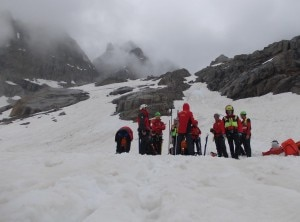 Photo of Marmolada, scialpinisti bloccati per ore sul versante trentino