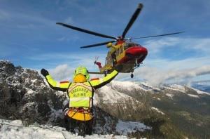 Photo of Cadono per 600 metri sul Gran Sasso, feriti 3 scialpinisti