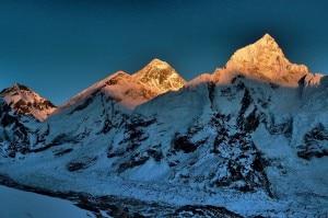 Everest e Nuptse (photo pagina facebook Lhotse Expedition 2014)