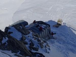 Photo of Courmayeur, iniziato smontaggio sciovia di Punta Helbronner