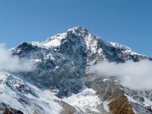 Photo of Ortles, valanga sfiora un gruppo di scialpinisti