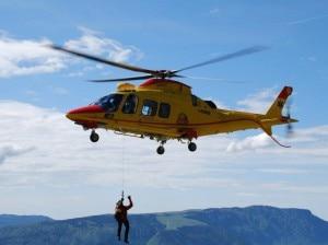 Photo of Friuli, escursionista muore tentando di salvare un'amica