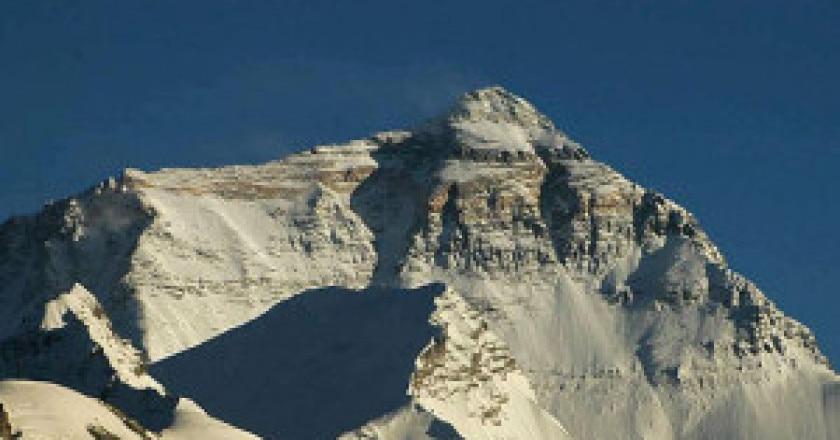 Everest-nord-Photo-wikipedia-Carsten.nebel_-300x171.jpg