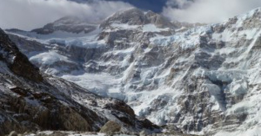 Kangchenjunga-versante-Nord-photo-Alex-Txikon-pagina-facebook-300x200.jpg