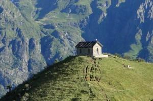 Photo of Orobie Bergamasche, soccorsi 3 escursionisti sul Passo della Manina