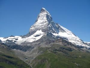 """Photo of Cervino, sul versante svizzero è in arrivo un """"campo base"""""""