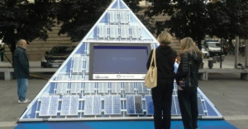 La-Piramide-a-Lecco-300x225.jpg