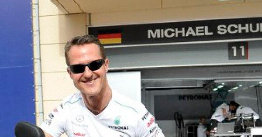 Micheal_Schumacher_di_Bahrain_2012-300x289.jpg