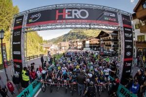 Sudtirol-Sellaronda-Hero-photo-COMetaPRess-Brena-Canon-Digita-300x199.jpg