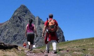 Photo of Sicuri sui sentieri: in Trentino una guida a fumetti