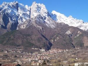 Photo of Salute delle Alpi, Legambiente assegna le bandiere nere e verdi