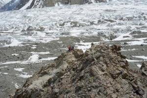 Misurazioni  Gps al K2 (Photo Daniele Nardi)