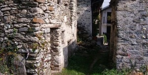 Photo of Calsazio, borgo alpino in vendita su eBay a 245mila euro
