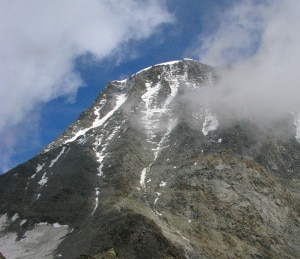 Photo of Monte Bianco, alpinista morto dopo caduta dal couloir du Goûter
