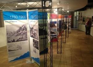 Photo of Rifugi alpini ieri e oggi, la mostra fa tappa a Courmayeur