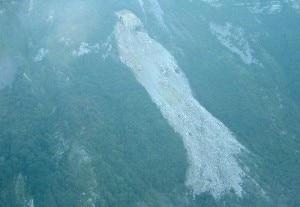 Photo of Frana in Alpago, migliaia di metri cubi crollano dal Monte Prese