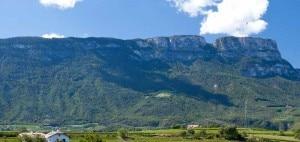 Photo of Incidenti in montagna, 5 morti nel fine settimana tra Lombardia, Alto Adige e Veneto